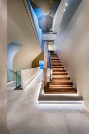 Design Your Own Home Western Australia Indirekte Beleuchtung Der Treppenstufen Mit Kaltweißen Led Leisten
