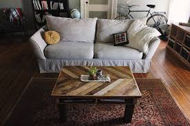 Diy Wood Coffee Table by Diy Pallet Coffee Table The Merrythought
