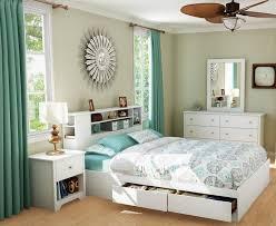 miroir pour chambre adulte tête lit avec rangement blanc miroir soleil rideau turquoise