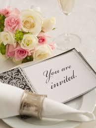 wedding place cards etiquette 10 faux pas to avoid this wedding season wedding etiquette