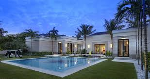 U Shaped House Plans With Pool In Middle U Shaped House Designs With Pool House Design