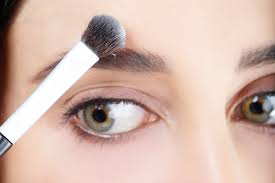 how to fill in eyebrows 8 easy steps to fuller eyebrows using makeup