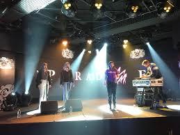 W by Watch Sylvan Esso Perform New Single On U0027kimmel U0027 W Jenn Wasner