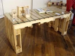 construire un bureau en bois table a manger palette bureau palette table en palette design