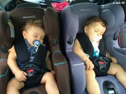 peut on mettre 3 siege auto dans une voiture série oh vous avez des jumeaux mais comment faites vous