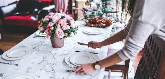 cozy and comfortable holiday entertaining in small spaces cort furniture rental