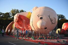 macy s announces thanksgiving day parade performers