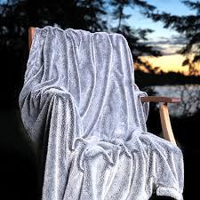 Faux Fur Throw Blanket Velvafur Faux Fur Throw U2014 Kanata Blanket Co U2014 Luxurious And Soft