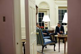 Obama Oval Office Decor File Barack Obama And George Clooney In The Oval Office Jpg