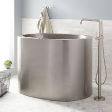 48 Bathtubs 48