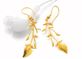 gold erring buy gold earrings in pune p n gadgil and sons