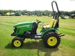 john deere 1025r tlb tractor loader backhoe john deere compact