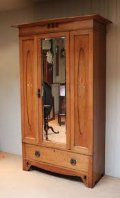 Solid Pine Wardrobes Best 25 Oak Wardrobe Ideas On Pinterest Wooden Wardrobe Closet