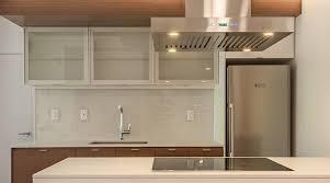 cuisine en aluminium osez l aluminium dans votre cuisine kadrium design