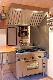 fourneaux de cuisine cuisine sur mesure 6 toque et piano