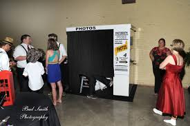 cheap photo booth rental showtime photobooth photo booth rental
