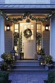Christmas Decoration For Front Of House by 40 Cool Diy Decorating Ideas For Christmas Front Porch Family