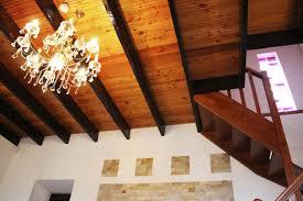 Schlafzimmer Mit Holzdecke Einrichten Dunkles Zimmer Dunkle Holzdecke Die Besten Maßnahmen