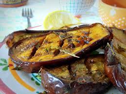 cuisiner aubergine four aubergines grillées marinées à l huile d olive ail et au thym