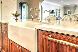 couleur de meuble de cuisine meuble cuisine en bois massif excellent meuble cuisine bois cuisine