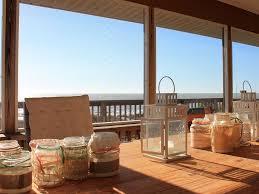 beach house u0027big blue u0027 on tiny island beachfront wifi robinson