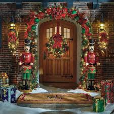 Christmas Garland Decorating Ideas by Frontgate Christmas Garland Christmas Decorations Holiday
