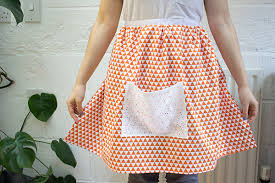 how to make an easy apron in an hour