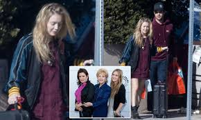carrie fisher u0027s daughter billie lourd seen for first time since
