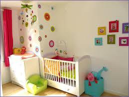 decoration murale chambre génial déco murale chambre photos de chambre décoratif 42963