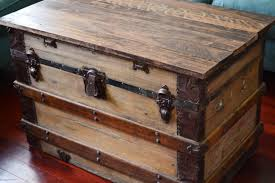 steamer trunk coffee table makeover by emma with love