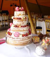 wedding cake no icing an appreciation post for icing less wedding cakes weloveweddings
