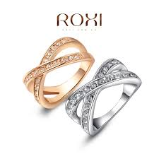 golden hand rings images Magnificent girl hand gold ring pics pictures inspiration jpg