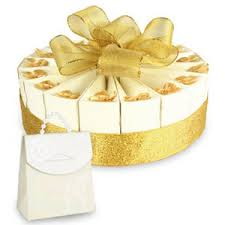 anniversary favors 1 tier golden anniversary favor cake kit favor boxes favor