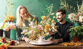 how to make flower arrangements stunning flower arrangements you can do yourself