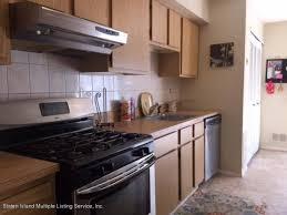 Staten Island Kitchen Cabinets 18 Bar Ct Staten Island Ny 10309 Realestate Com