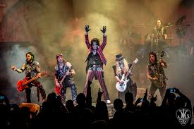 halloween horror nights alice cooper goes to hell alice cooper raised the dead at turning stone