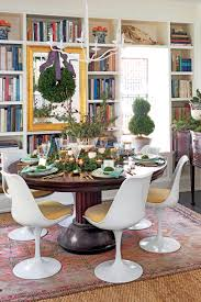 decorating the dining room this kentucky cottage proves christmas decorating can be natural