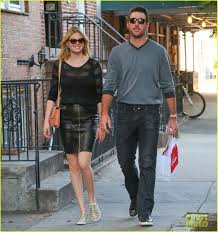 kate upton pics leaked kate upton shops with boyfriend justin verlander after switching