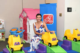 step2 busy ball play table step2 showcases new toys at the 4th annual redcarpet safety event