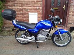 2013 suzuki en 125 manual bike 1 year mot great runner learner