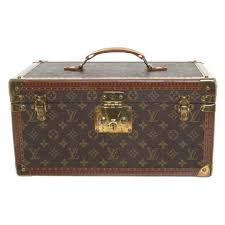 louis vuitton vanity cases with monogram pattern buy second hand louis vuitton vanity cases with monogram pattern louis vuitton vanity cases with monogram pattern