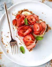 5 ingredient strawberry rose tart recipe tarts pies and food