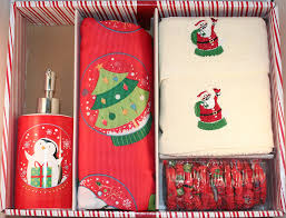 Christmas Towels Bathroom Amazon Com Santa U0027s Globe Shower Curtain Set W Hooks Lotion Pump