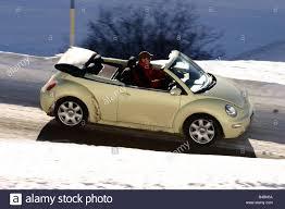 volkswagen beetle side view car vw volkswagen new beetle convertible model year 2003 creme