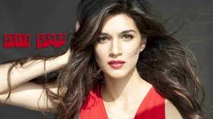 wallpaper girl beautiful hot kriti sanon hd wallpaper kriti sanon bollywood actress bold