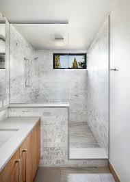 Graue Wand Und Stein Akzent Wand Aus Stein In Einem Modern Rustikalen Haus
