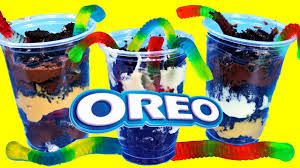 oreo cookie dirt u0026 gummy worms dessert with snack pack chocolate