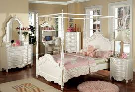 bedroom elegant canopy bedroom sets with rug and nighstand for