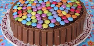 jeux de cuisine de gateaux d anniversaire gâteau d anniversaire tout chocolat facile et pas cher recette