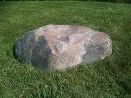 fake granite boulder rockscapes artificialrock garden